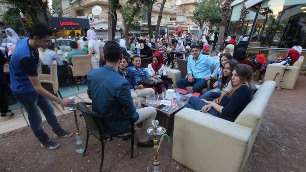 Halep'in batısında çatışmasızlık anlaşması sonrtasında sokaklar.