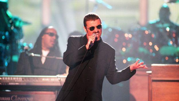 George Michael en uno de sus conciertos