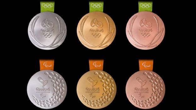 Medallas de los juegos paralímpicos.