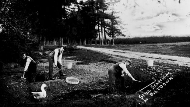 old photo of Piltdown excavation