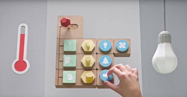 Google, 'Projct Bloks' girişimiyle çocuklara kodlama eğitimi verilmesini sağlıyor.