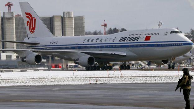 Avion chino en Suiza