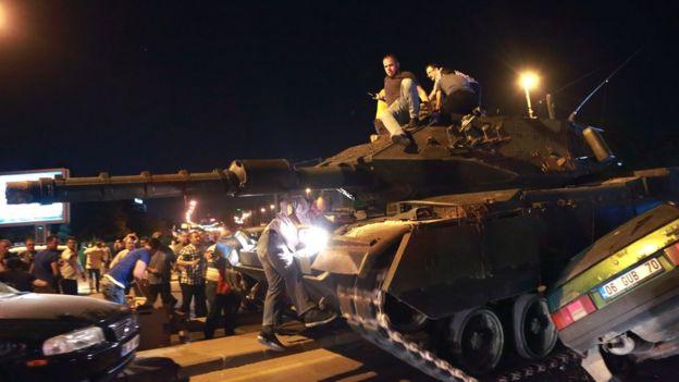 15 Temmuz gecesi darbe girişiminde kullanılan tanklar.