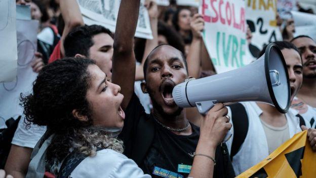 Protesto popular contra a PEC 241 no Rio de Janeiro
