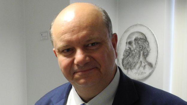 Prof Palalois