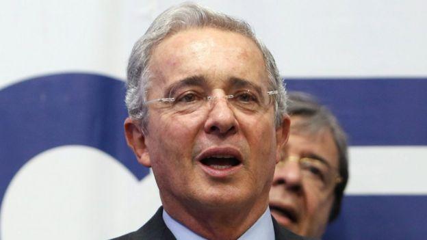 El expresidente de Colombia, Álvaro Uribe, se opone a los términos de la negociación con las FARC. | EPA