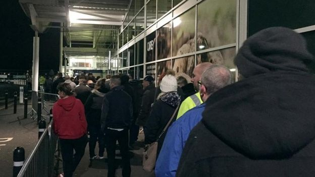 Black Friday: Slow start at UK stores as sales switch online ilicomm Technology Solutions