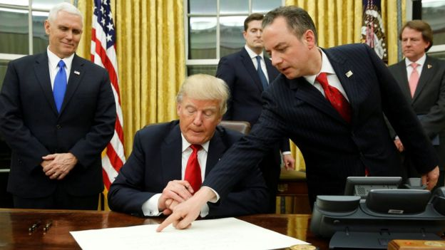 El presidente estadounidense Donald Trump en la Sala Oval, en Washington, Estados Unidos.