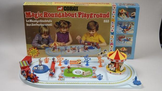 Magic roundabout set