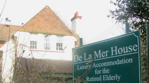 De La Mer House