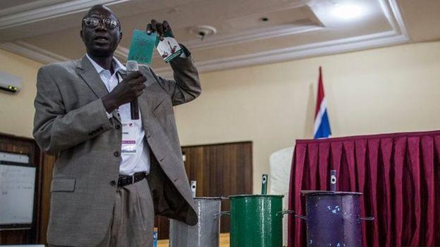 La présidence gambienne assure que le pays est stable et paisible et qu'il n'y a pas de raisons de s'inquiéter.