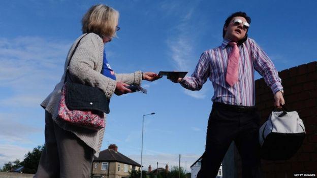 Remain campaigner hands out leaflet