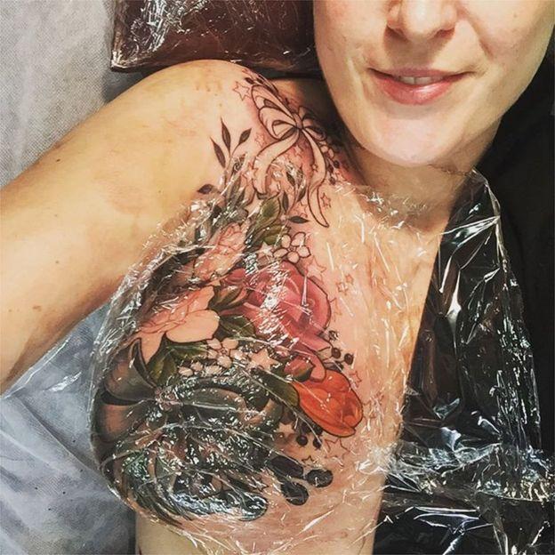 Tatuagem em desenvolvimento