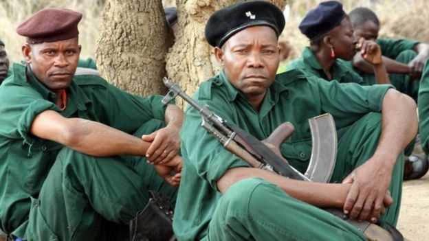 Fighters of former Mozambican rebel movement 'Renamo' receive military training on November 8, 2012 in Gorongosa's mountains, Mozambique