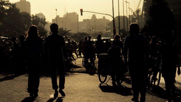 Pedestres em Buenos Aires