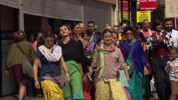 procesión Krishna