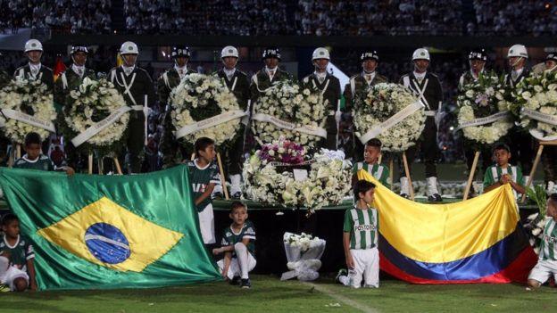 Homenaje al Chapecoense en Colombia