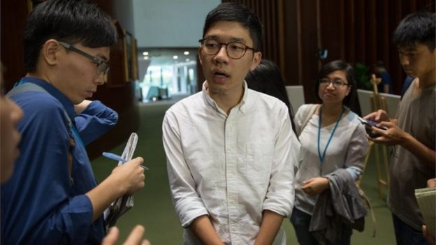 Nathan Law speaks to the media in Hong Kong (5 Oct 2016)