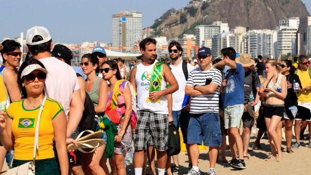 Las largas filas en Río.