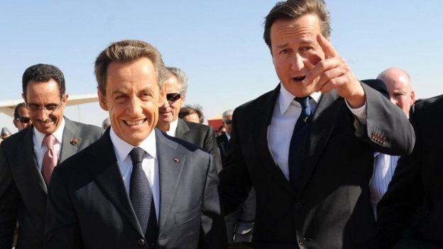 Nicolas Sarkozy na David Cameron