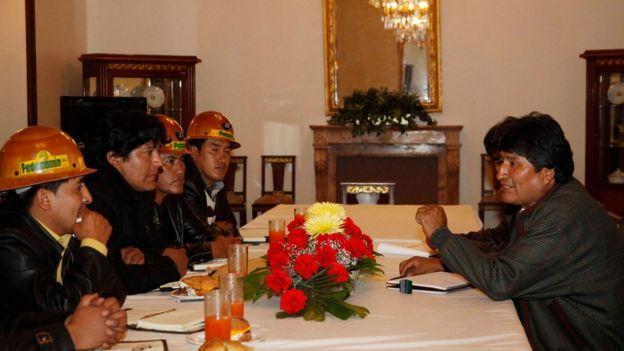 Evo Morales reunido con cooperativistas