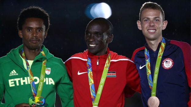 16 gün süren 31. Olimpiyat Oyunları'na mülteci sporculardan oluşan bir takım ile 206 ülkeden toplamda 11 bin 303 sporcu katıldı.