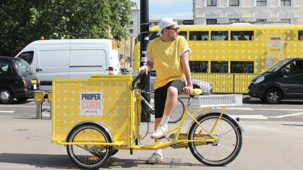 Bicicleta y bus de Propercorn