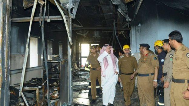 Saudi emergency services at the scene of a hospital blaze