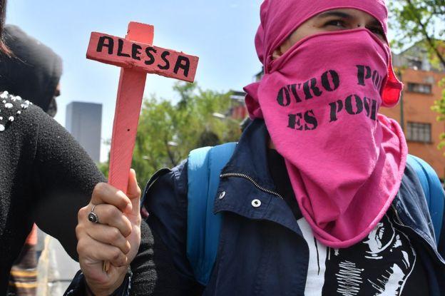 Protesta en Ciudad de México por el asesinato de Alessa Flores, una activista transgénero, el 14 de octubre.