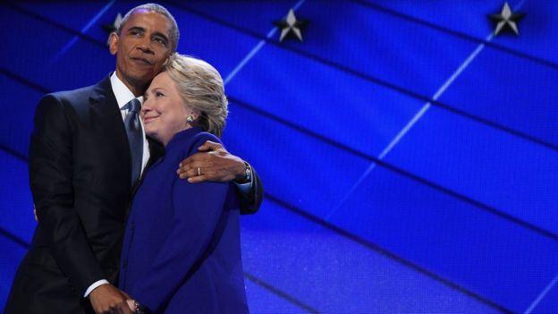 Obama y Hillary Clinton en la Convención Demócrata de 2016.