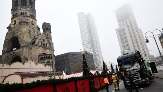 A truck that crashed into a Christmas market near the Kaiser-Wilhelm-Gedaechtniskirche (Kaiser Wilhelm Memorial Church) in Berlin is pictured on 20 December 2016.