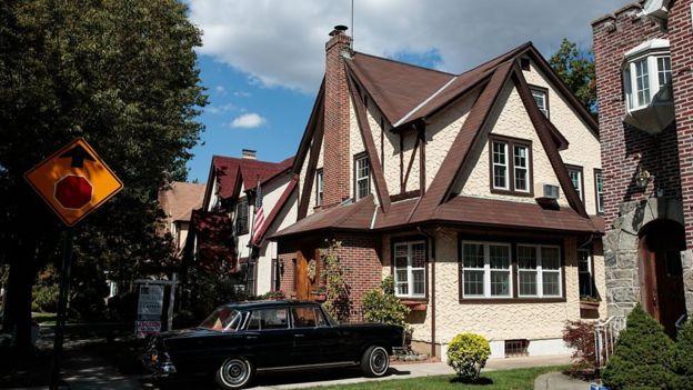 A casa onde Trump passou sua infância, no bairro do Queens, em Nova York