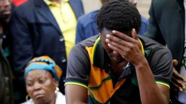 Victor Mlotshwa akisikiliza kesi mahakamani