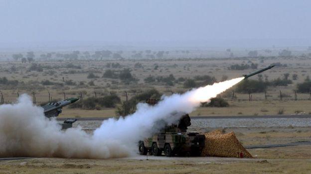 Lần thử nghiệm Akash của Ấn Độ tại sa mạc Pokhran, hồi 3/2016