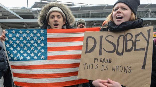Protesta contra la orden ejecutiva que prohíbe la entrada a Estados Unidos de ciudadanos de 7 países de mayoría musulmana.