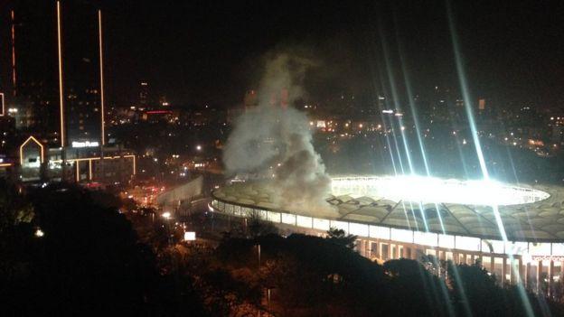 Vodafone Stadı'ndan dumanlar