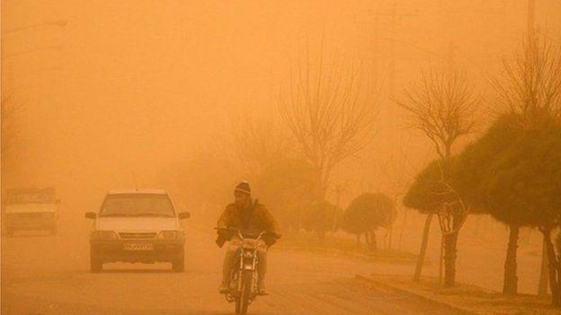 آب و برق در ۱۱ شهر خوزستان قطع شد