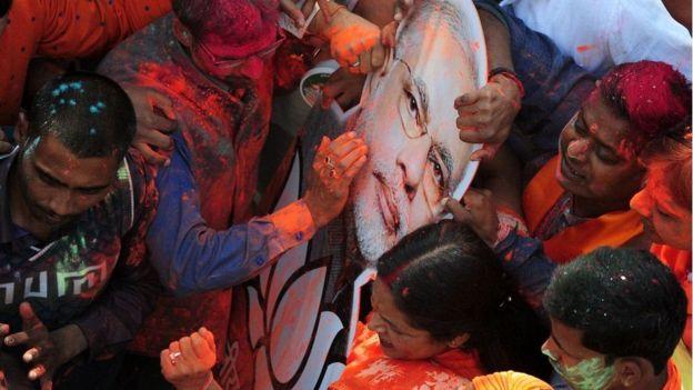印度选举:莫迪魅力不减 关键地区战绩骄人