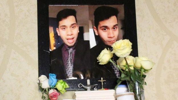 Fotos de Eduardo Esparza en la casa de sus padres