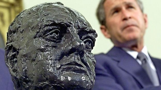 Bust of Churchill next to George W. Bush