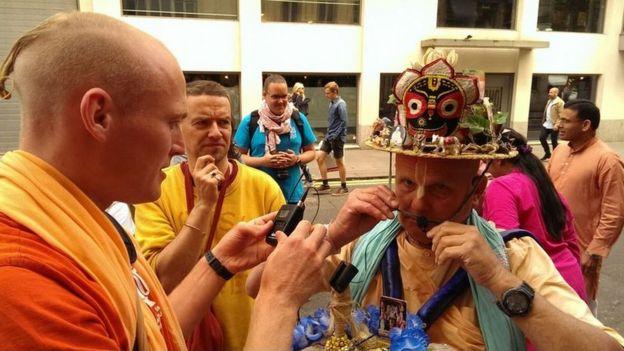 Hare Krishna procesión