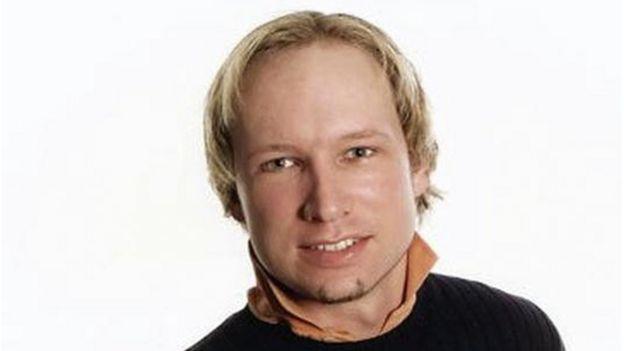 El noruego Anders Behring Breivik, cumple una sentencia de 21 años por el asesinato de 77 jóvenes en 2011.