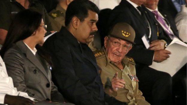 Nicolás Maduro y Raúl Castro en el homenaje a Fidel Castro.