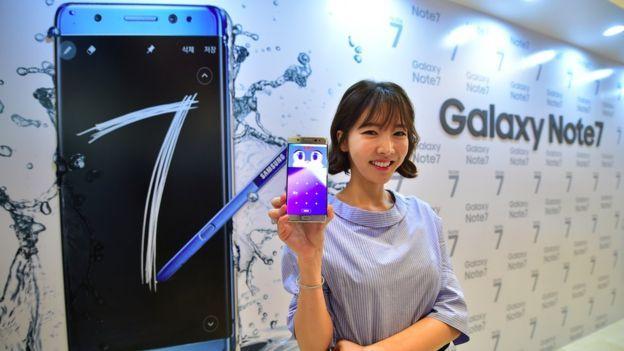 Samsung đưa ra điện thoại Galaxy Note 7 vào tháng Tám