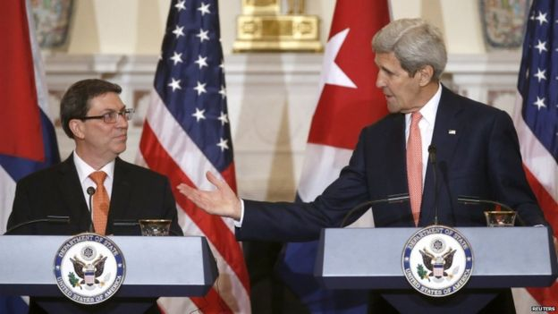 Cuban Foreign Minister Bruno Rodriguez (left) and John Kerry