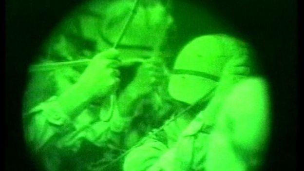 Dos miembros de una unidad de fuerzas de élite del Comando Conjunto de Operaciones Especiales