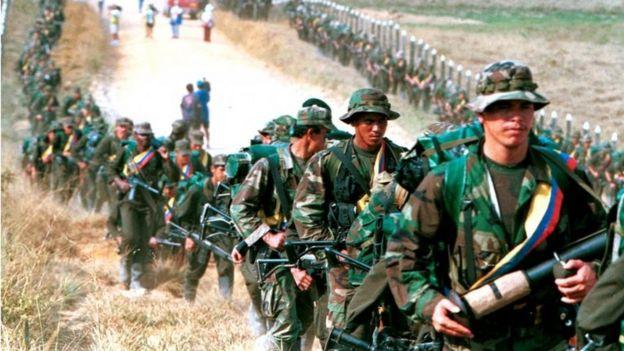 Combatientes de las FARC en 1999.