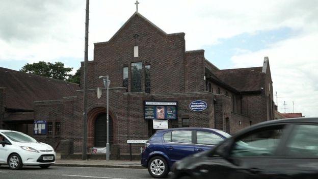 Церковь в Лутоне, в которой собирались джихадисты