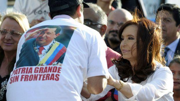 Foto de Chávez con Cristina Fernández