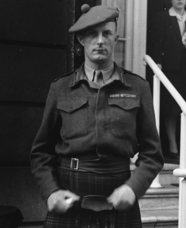Fitzroy Maclean photographed in 1943